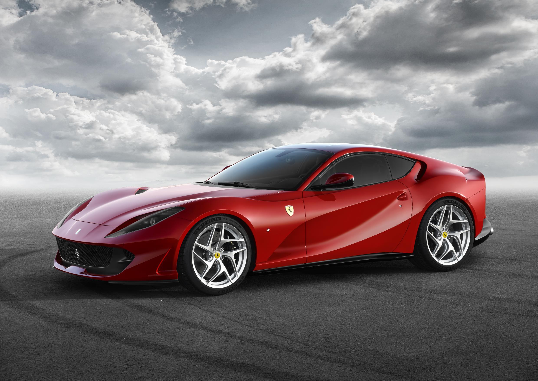 Ferrari 812 Superfast 2021 Descripcion General Precios Y Fichas Tecnicas Autobild Es
