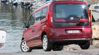 Fiat Doblò 2009 EMOTION 1.6 MULTIJET 90 7 PLAZAS - 2