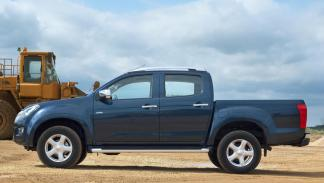 Isuzu D-Max 2012 Single Satellite 4X4 M/T - 3