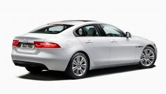 Jaguar XE 2014 2.0 Turbo 250CV Automático AWD Pure - 2