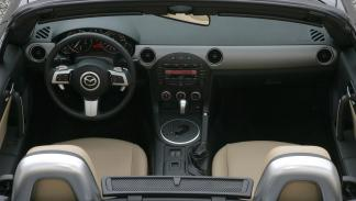 Mazda MX-5 Capota Dura  2005 Roadster Coupe 2.0 Luxury - 2