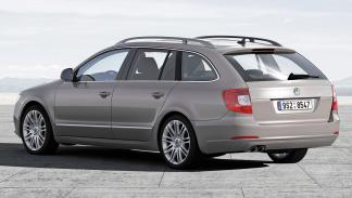 Škoda Superb Combi 2008 2.0 TDI 170 CV Laurin&Klement - 2