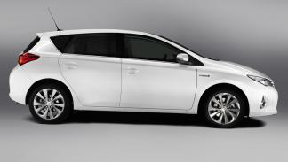 Toyota Auris Hybrid 2013 Advance - 1