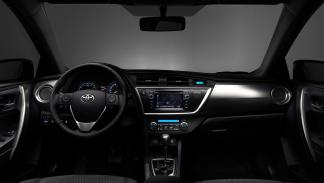 Toyota Auris Hybrid 2013 Advance - 3