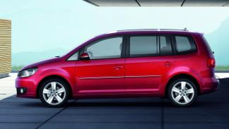 Volkswagen Touran 2010 1.6 TDI 105CV DSG ADVANCE - 2