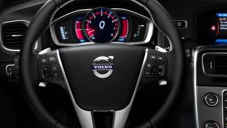 Volvo V60 2010 D2 120CV PowerShift Kinetic - 2