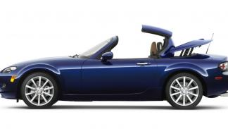 Mazda MX-5 Capota Dura  2005 Roadster Coupe 2.0 Luxury - 1