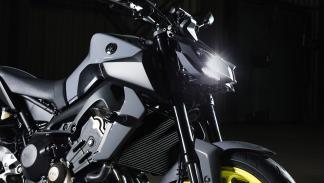 Rizoma Para La Yamaha MT 09 Thumbnail
