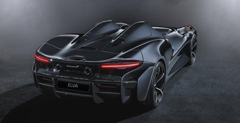 McLaren Elva parte trasera