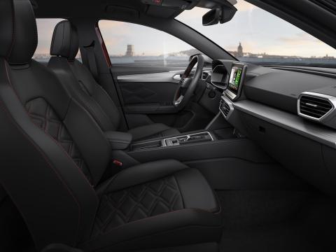 Interior del SEAT León 2020