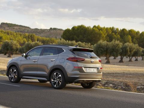 Hyundai Tucson carretera