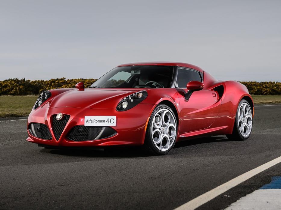 Alfa Romeo 4C >> Alfa Romeo 4c Coupe 2013 Datos Y Precios