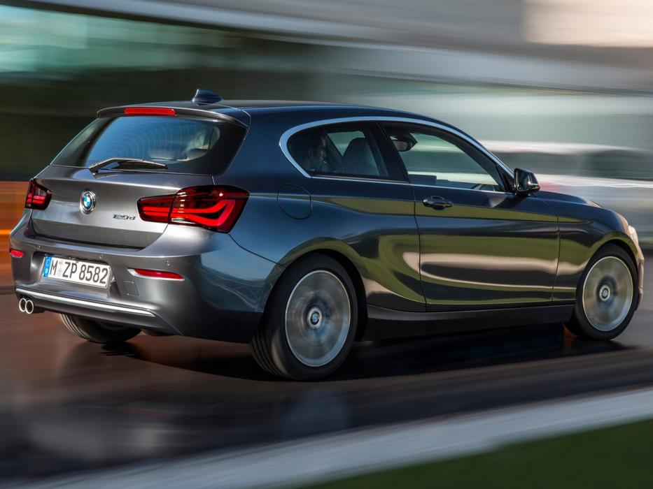 bmw serie 1 sporthatch 2017 m140i xdrive. Black Bedroom Furniture Sets. Home Design Ideas