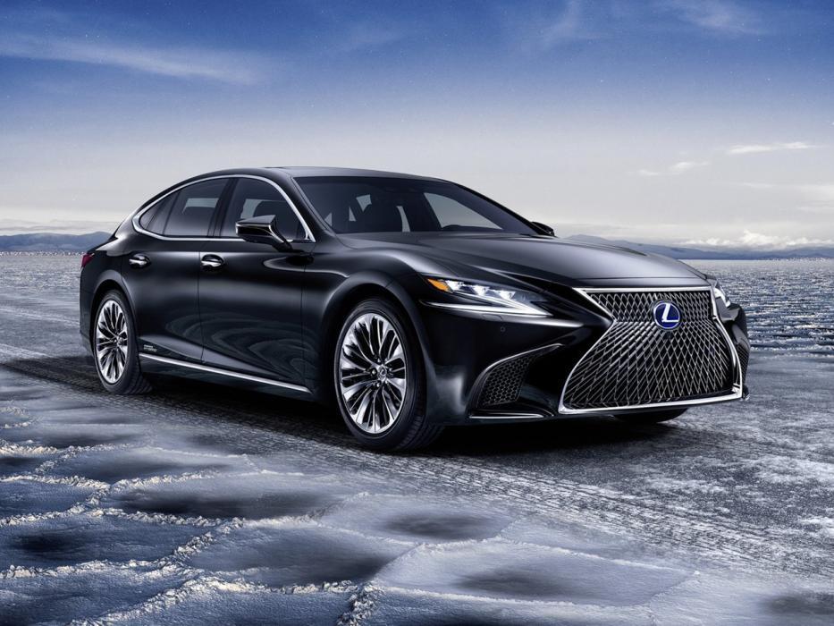 Resultado de imagen para imagenes Toyota lanzó su marca de lujo Lexus (con versiones híbridas)