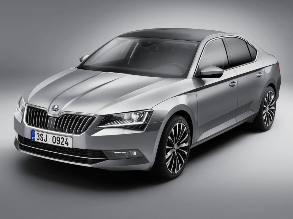 Škoda Superb Berlina 2015 2.0 TDI 150CV 4WD Laurin&Klement - 0