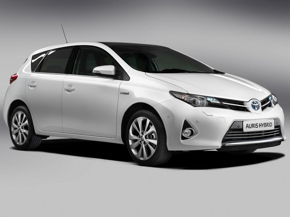 Toyota Auris Hybrid 2013 Advance - 0