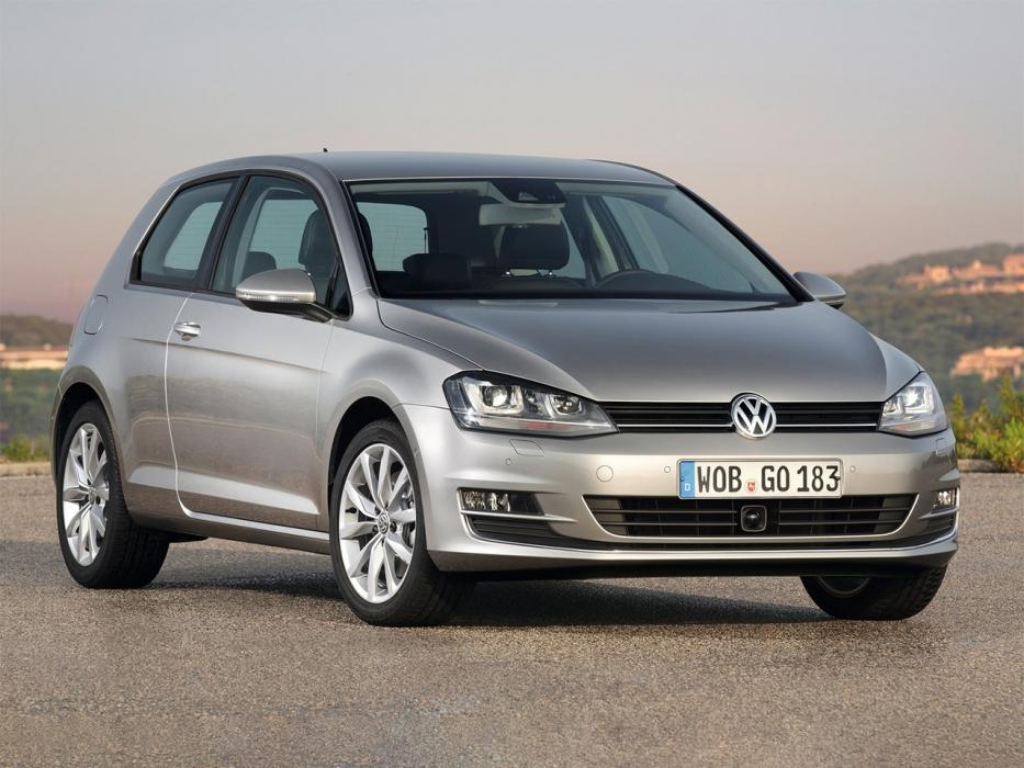 Volkswagen Golf 3P 2012 1.6 TDI CR BMT EDITION - 0