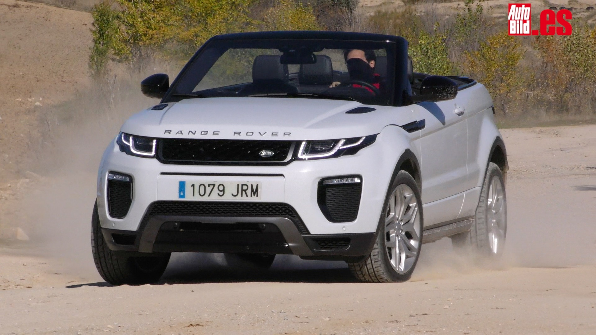 prueba a fondo en v deo range rover evoque convertible. Black Bedroom Furniture Sets. Home Design Ideas